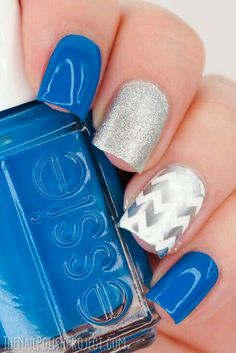 Blue and grey silver nails