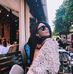 """413 mentions J'aime, 38 commentaires - ☾DAMY☽⠀Influencer (@gamine__de__paris) sur Instagram: """"Sunshine 🔆  #bloggerlife #paris #style"""""""