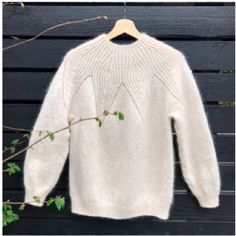 SAICHIKA KNIT - Isager Shop DK Knitting Blogs, Knitting Kits, Free Knitting, Baby Knitting, Drops Design, Footprints In The Sand, Cute Crochet, Knit Crochet, Raglan Pullover