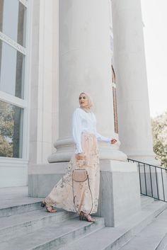 Feminine Florals – With Love, Leena. Hijab Fashion Summer, Modern Hijab Fashion, Street Hijab Fashion, Muslim Women Fashion, Hijab Fashion Inspiration, Modest Fashion, Eid Outfits, Modest Outfits, Fashion Outfits