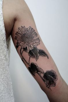 200 Enticing Sunflower Tattoo Designs And Their Meanings awesome  Check more at https://tattoorevolution.com/sunflower-tattoos-meanings/