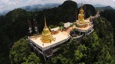 Wat Tham Sua or Tiger Cave temple, Krabi, have 1237 steps up