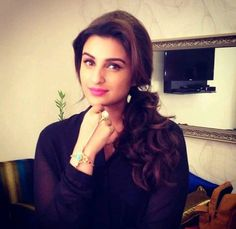 Parineeti Chopra in Kil Dill Promotions Turkish Beauty, Indian Beauty, Beautiful Bollywood Actress, Beautiful Actresses, Bollywood Actors, Bollywood Celebrities, Hot Actresses, Indian Actresses, Parneeti Chopra