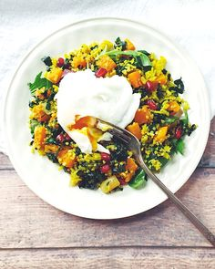 Winter Curry Breakfast Salad with Roasted Butternut Squash | gluten-free