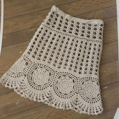 How do you crochet a shawl stitch? As in other aspects of life, it took over the place of knitting craft associated with the invention of the knitting Baby Girl Crochet, Love Crochet, Knit Crochet, Crochet Skirts, Crochet Clothes, Easy Knitting Patterns, Crochet Patterns, Crochet Summer Tops, Crochet Stitches