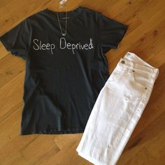 Sleep Deprived tee and white jeans. Need I say more?! #sleepdeprived #laurenmoshi #7forallmankind #memorialdayweekendoutfit @sohoclothiers