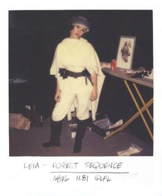 A Gallery of 50 Rare Continuity Star Wars Polaroids Taken From the Set of 'Return of the Jedi' ~ vintage everyday Star Wars Cast, Han And Leia, Polaroid, Star Wars Merchandise, Star War 3, The Empire Strikes Back, Carrie Fisher, Star Wars Humor, Princess Leia