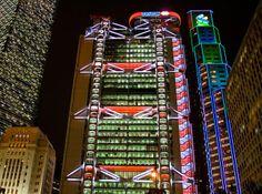 Melkweg Bridge, Colmar France, HSBC, Hong Kong, Esplanade Singapore, Stranden | The Ultimate Photos