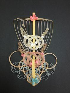 錦小宝  ㈲ながさわ結納店    #japan #mizuhiki #wedding #yuino#fukuoka#hakata Japanese New Year, Japan Crafts, Paper Cut Design, Weaving Designs, Passementerie, New Years Decorations, Weaving Art, Plaits, Japanese Design
