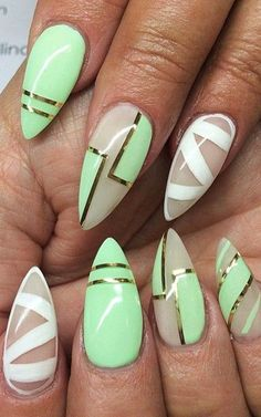 cool Stiletto nails are the must have of this summer!