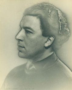 André Breton by Man Ray - 1929 Lee Miller, Famous Photographers, Portrait Photographers, Portraits, Man Ray Photographie, Original Vintage, Life Drawing, American Artists, Black And White Photography