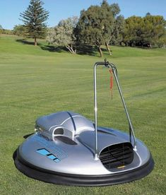 Personal Hovercraft Board is a great luxury gadget for those want to hover in the air like on a hoverboard. Unique Sofas, Modern Leather Sofa, Mid Century Modern Sofa, Garage, Sofa Styling, Weird Cars, Futuristic Cars, Boat Design, Armored Vehicles
