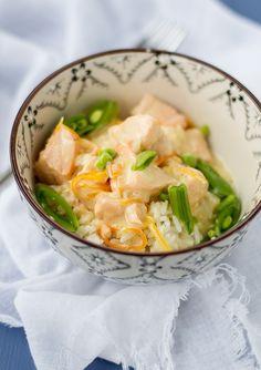 Denna goda fisksoppa åt vi senast på nyårsafton och himmel vad god den är. Enkel att lag är den också. Helt perfekt helt enkelt.