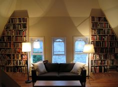 Ahh ... I want to live in a mansion ... I want to have tons of books !!