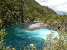 Saltos del Petrohué, Región de Los Lagos - Chile