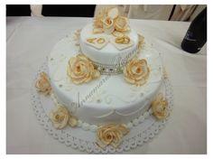 Cake Rose in stile Barocco Torta a due piani per un  Anniversario di Matrimonio