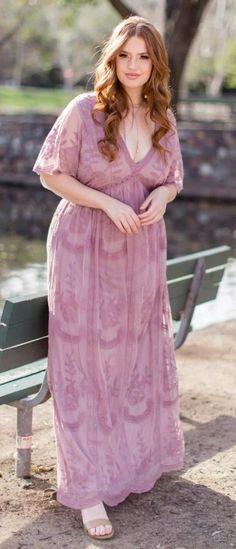 Plus Size Lace Maxi Dress