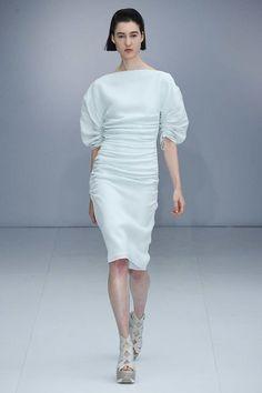 Salvatore Ferragamo Spring 2017 Ready-to-Wear Fashion Show - Maren Behringer