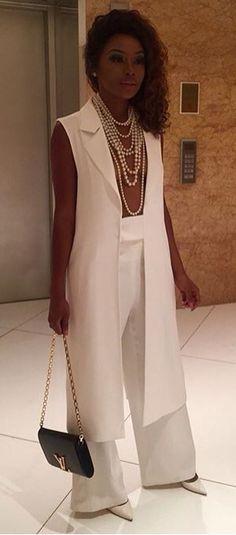 Bonang Matheba ❤️ White Fashion, I Love Fashion, Fashion Looks, Womens Fashion, Classy Fashion, Black Girl Swag, Classy Chic, Classy Outfits, Spring Summer Fashion