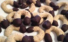 Biscuits en forme de fers à cheval noisettes chocolat