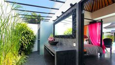#balinese #bathroom style with little #tropical #garden and open-air view.