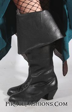 Here be a beatiful lookin' women's boot made of real cowleather. This be our very first boot made under Pirate Fashion's Name. Major improved over the old Plea Cow Leather, Real Leather, Outlaw Women, Captain Costume, Steampunk Pirate, Pirate Fashion, Fashion Boots, Feminine, Lady