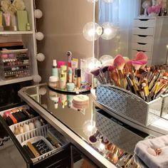 Rainy day, day to relax and lazy day 🌧🌫 This is what happens when you stay home all day, camera always in action 📸😜😆 Sunday Funday 🙌🏼 . . .… Makeup Storage Display, Makeup Organization, Toys Land, Vanity, Sunday Funday, Mirror, Lazy, Relax, Action