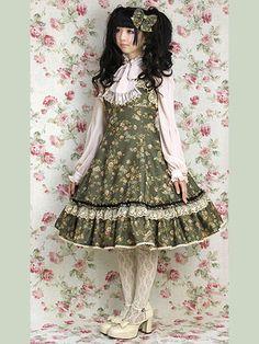 Please check this lolitashop. If you like lolitafashion!  www.wunderwelt.jp/ ♡ http://www.wunderwelt.jp/blog/