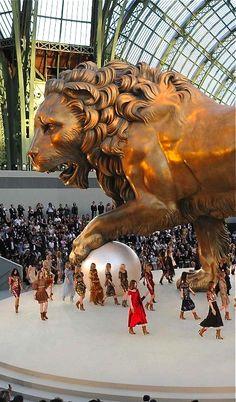 Chanel sous le signe du Lion au Grand Palais, Paris