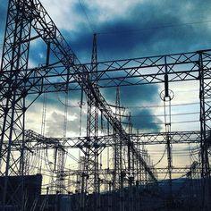 pylon & sky 2 #鉄塔 #鉄塔祭り #鉄塔倶楽部 #steeltower #powerlines #electricalsky #lookup #sky  #カラフル鉄塔 #colorfulsteeltower by rikamay