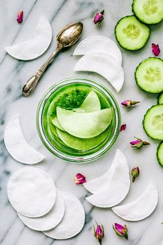 Skin care drill and regimen to study now, check this diy skin care face simple pin image plan 6362949740 Boho Lifestyle, Diy Eye Mask, Cucumber On Eyes, Homemade Scrub, Stay Young, Tips Belleza, Beauty Recipe, Diy Skin Care, Natural Cosmetics