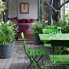 Un jardin sur les toits. patio decoration inspiration, via marie claire maison.