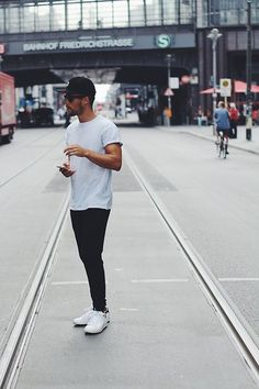 Adidas Sneakers, Asos Sweatpants, Topman T Shirt, Obey Cap, Ray Ban Glasses Outfits With Converse, Casual Outfits, Men Casual, Fashion Outfits, White Casual, Minimalist Fashion Summer, Love Fashion, Mens Fashion, Mens Trends