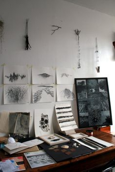My future arts and crafts room would look something like this... ideas spread out all over the room.