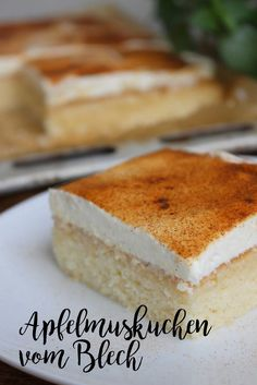 Apfelmuskuchen vom Blech Apple pie cake from the tin Apple pie cake from the tinTin apple cake with buttMini Muffin Tin Apple Pie Easy Smoothie Recipes, Easy Smoothies, Easy Cake Recipes, Snack Recipes, Coconut Recipes, Apple Recipes, Pecan Recipes, Food Cakes, Holiday Desserts