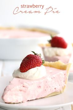 Deliciously creamy keto strawberry pie with an easy almond flour crust. This easy no bake dessert is perfect for all of your summer gatherings. #ketorecipes #ketodessert #lowcarbrecipes #sugarfree #strawberrycream #strawberrymousse #strawberries