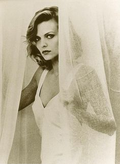 Michelle Pfeiffer best catwoman ever! Michelle Pfeiffer, Beautiful One, Beautiful People, Hollywood Knights, Mode Vintage, Star Wars, Best Actress, Famous Faces, Catwoman