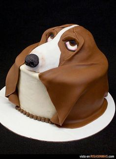 Droopy hound dog cake so cute Fancy Cakes, Cute Cakes, Dog Cakes, Cupcake Cakes, Beautiful Cakes, Amazing Cakes, Cake Original, Decoration Patisserie, Animal Cakes