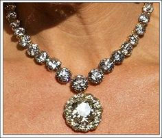 Dutch diamond riveries with the center of the Dutch Devant Corsage brooch as pendant worn by Princess Maxima to the pre-inaugural/abdication gala 4/29/13: photo credit Salamtrf with permission