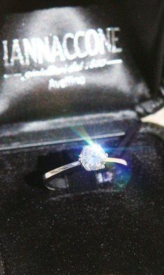 Anello solitario diamante certificato Iannaccone gioielli Avellino Italia, #ring #solitaire #iannacconegioielli #avellino #italia #italy  #welldone  #handmade  #expo  #irpinia