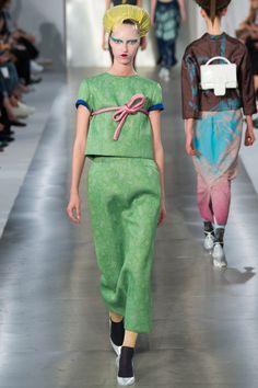 Maison Margiela Spring 2016 Ready-to-Wear Fashion Show - Liza Ostanina (Next)