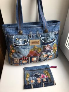 Denim Bags From Jeans, Denim Purse, J Bag, Denim Handbags, Denim Crafts, Recycled Denim, Bag Patterns To Sew, Patchwork Bags, Denim And Diamonds