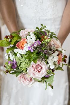 colourful wedding flowers, image by Anna Louise Crossley