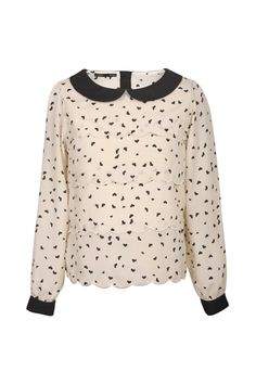 Heart blouse with Peter Pan collars.