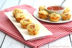 Mini Pizza Muffins (grain free, low carb, keto) | All Day I Dream About Food
