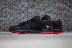 official photos a0e87 b24df A Closer Look at Jeff Staples Nike SB Dunk Low