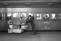 Tokyo Station, JNR January 東京駅 Train for Nagoya. Photo by Mu-san. National Railways, Showa Period, Tokyo Station, Hiroshima, Long Time Ago, Tokyo Japan, Train Station, Scenery, Black And White