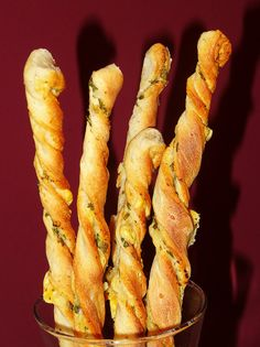 Reteta de grisine la masina de paine Alberto Giacometti, Pinterest Recipes, Carrots, Easy Meals, Homemade, Vegetables, Shop, Carrot, Diy Crafts