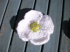 Hand knitted white poppy brooch corsage by thekittensmittensuk, Knitted Poppies, Yorkshire Rose, Brooch Corsage, Poppy Brooches, Festival Tops, Hair Slide, Buttonholes, Hand Knitting, Knitted Hats