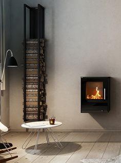 RAIS Premium Brændeovne og Pejseindsatse i Skandinavisk Kvalitet Small Rooms, Small Spaces, Interior Styling, Interior Design, New York Loft, Small Fireplace, Wood Burning Fires, Modern Glass, Dream Decor